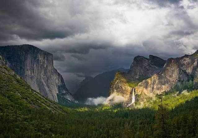 фото-Национальный-парк-Йосемити,-Марипоса-и-Туоломни,-Калифорния,-США
