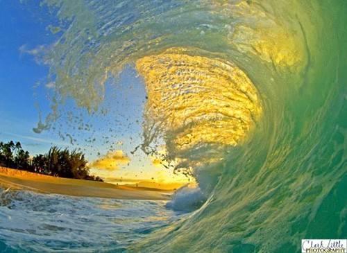 b_yellow_wave