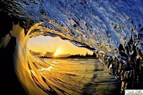 l_sunset_throughcurled_wave