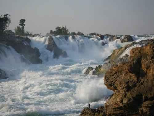 ТОП 10 самых больших водопадов в мире - Водопад Кхон