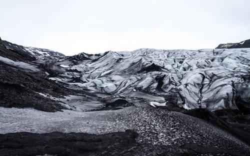 Описание и особенности природной зоны арктических пустынь 2