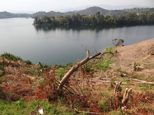 Самые опасные для жизни людей озера в мире 6