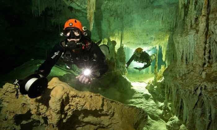 Дайверы нашли самую большую в мире подводную пещеру, которая полна секретов майя 2