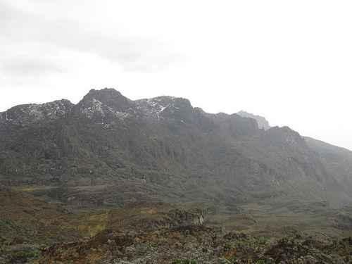ТОП 10 крупнейших горных вершин Африки - высота, характеристика и фото 4